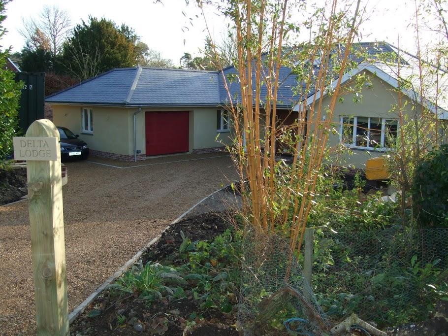 The design hub bungalows chalet bungalows scandia hus for Chalet style bungalow images