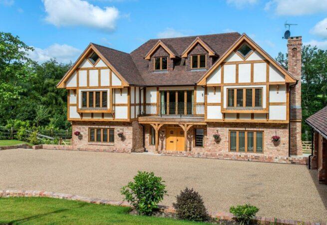 Tudor Oak Design